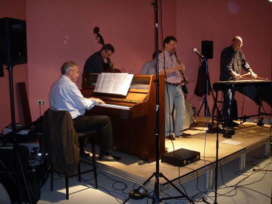 """De klapper van het seizoen 2008/2009: het optreden van """"Bernard Berkhout's Swingmates"""" tijdens de clubavond van 27 maart 2009"""
