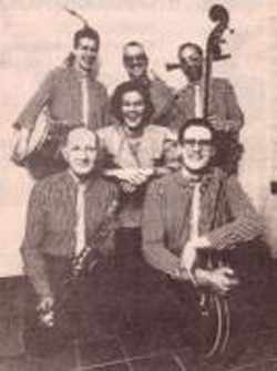 Binne Jazzband met middenboven Co Tolboom (overleden in 2010), midden zangeres Mariska Bakker en linksonder Piet Bood (overleden) (januari 1991)