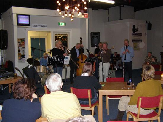 Jammiddag van 9 december 2007 in een behoorlijk volle Foyer.