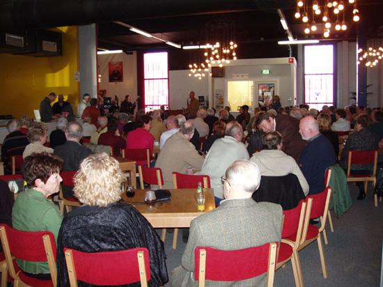 Druk bezochte jammiddag van 12 maart 2006.