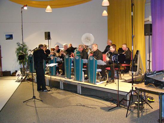 """Op 14 december 2007 werd de clubavond verzorgd door de """"Spirit Of St. Louis"""", een small-big band van 10 man."""